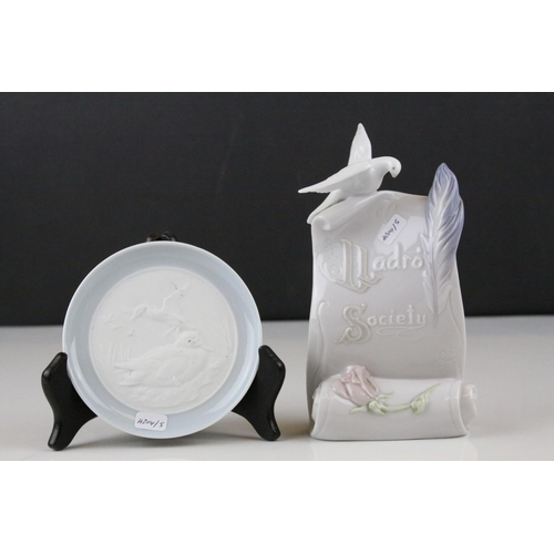 13 - Lladro Society Plaque 7677, 1998 with a Lladro Pin Dish depicting Ducks...
