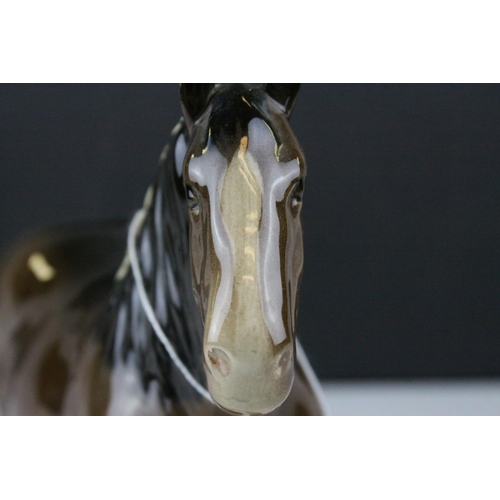 25 - Beswick Brown Shire Mare, model no. 818, 21cms high...