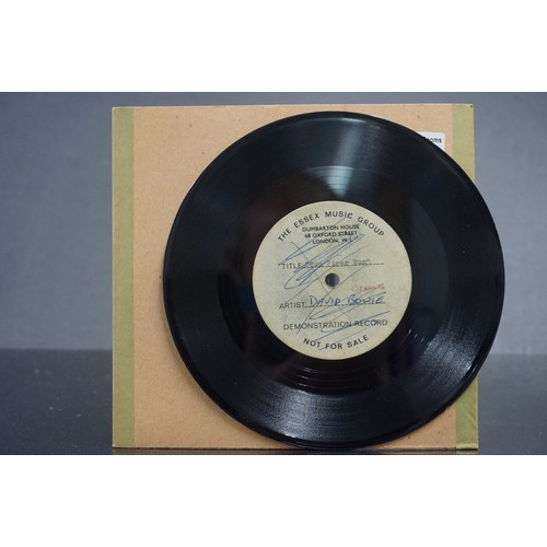 297 - Vinyl - David Bowie / Ace Kefford - A two sided acetate featuring a previously unknown & unheard rec...