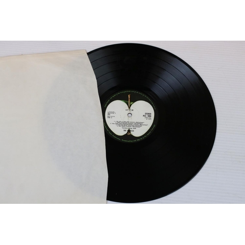 416 - Vinyl - The Beatles 4 LP's to include Abbey Road (PCS 7088) aligned apple to sleeve, no 'Her Majesty...
