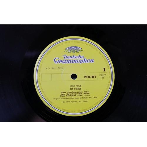 424 - Vinyl - Steve Reich 'Six Pianos' (Deutsche Grammophon 2635 463).  Sleeve & Vinyl VG