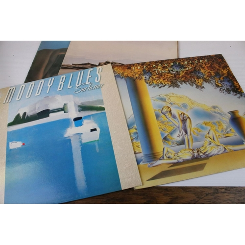 173 - Vinyl - 12 Moody Blues LPs to include The Magnificent Moodies on Decca LK4711 mono, red boxed Decca ...