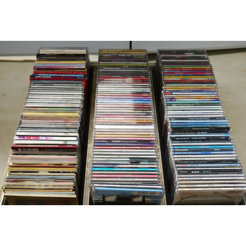 869 - CDs - Approximately 170 CD Singles plus some albums, mainly Pop artists, includes Girls Aloud, B Wit...