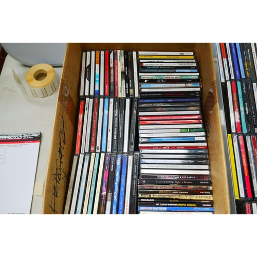 870 - CDs - Around 400 CDs featuring various artists and genres to include REM, No Doubt, Billy idol etc, ...