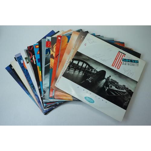 772 - Vinyl - Over 100 12