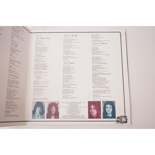 853 - Vinyl - Queen A Night at the Opera 30th Anniversary Edition LP in original envelope, sleeves vg++, v...