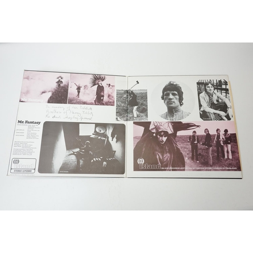 460 - Vinyl - Two Traffic LPs to include John Barleyclough Must Die ILPS9116 Island pink 'i' label, gatefo...