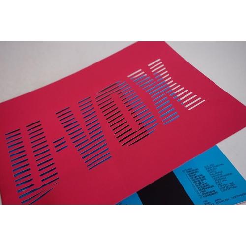 1076 - Music Memorabilia - Ultravox tour programme with ticket for Oxford Apollo 14th Nov 1986 and badge