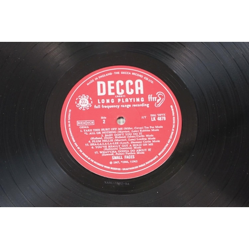 209 - Vinyl - Small Faces – From The Beginning 1967, original unboxed Decca labels. Vinyl has a handful of...