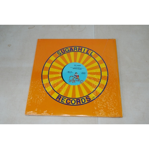 976 - Vinyl - Around 70 LPs and 12