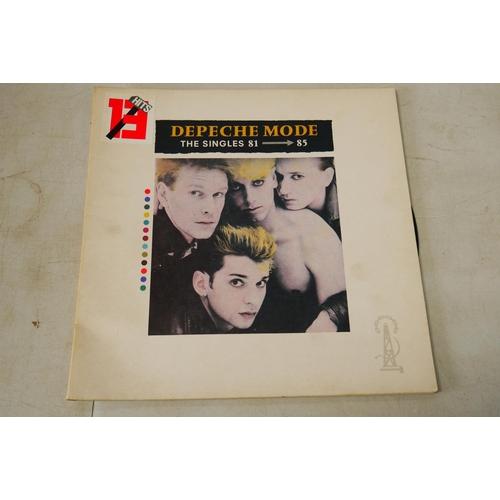998 - Vinyl - Collection of approx 50 rock and pop LP's including Black Sabbath, Bon Jovi, Europe, Slade, ...