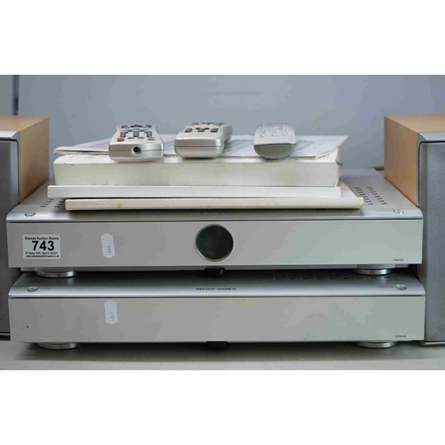 743 - Marantz FM/AM Radio Unit with Marantz CD Player with 2 x Marantz bookshelf speakers