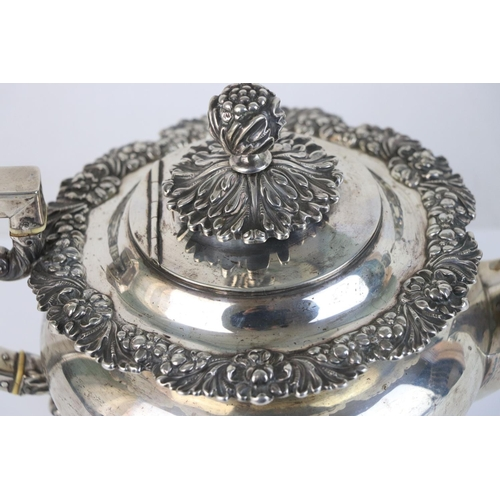 269 - A fully hallmarked sterling silver George III teapot, maker mark rubbed and indistinct, assay marked...