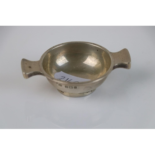 287 - A fully hallmarked sterling silver quaich, maker marked for Charles S Green & Co Ltd, assay marked f...