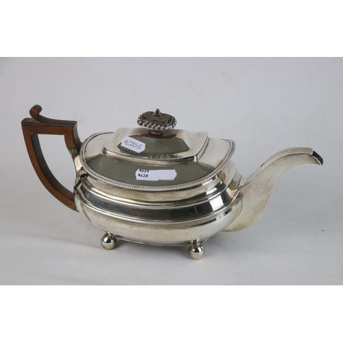 341 - A Fully Hallmarked sterling silver tea pot, indistinct maker marks, assayed in London and dated 1813...