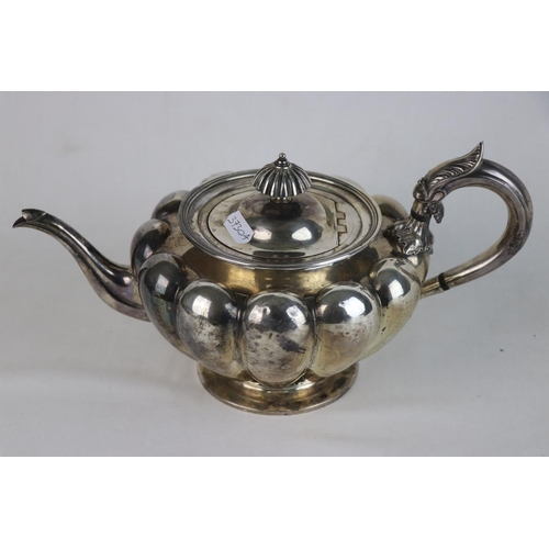 347 - A fully hallmarked Victorian sterling silver Tea pot, maker marked for John Tapley, assayed in Londo...
