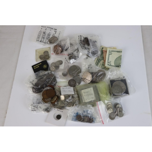 498 - A collection of mainly British pre-decimal coins to include silver examples together with a small gr...