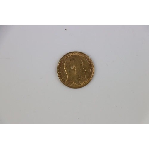 519 - A King George V Full gold Sovereign dated 1911.