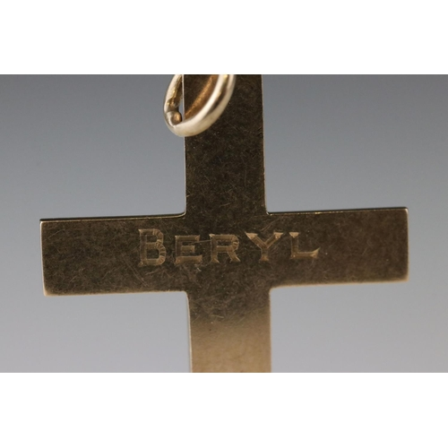 124 - 15ct yellow gold cross pendant, engraved Beryl and dated, length approx 4cm (excluding bale)