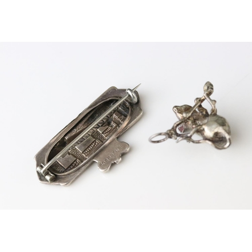 29 - Victorian commemorative silver brooch depicting the Newcastle High Level and Swing bridges, date 188...