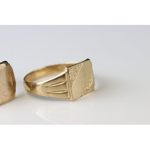 42 - 9ct gold signet ring, blank square cartouche, stepped shoulders, ring size T; together with with a 9...