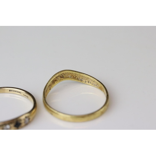 46 - 18ct yellow gold wedding band (af) together with a sapphire and diamond three stone 9ct yellow gold ...