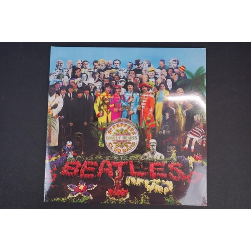 1031 - CD / Blu-ray DVD - The Beatles Sgt Pepper's Lonely Hearts Club Band Box Set, ex with some outer box ...