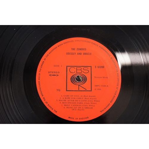 5 - Vinyl - The Zombies Odessey and Oracle on CBS SBPG63280 Stereo, 1968, with CBS Inner sleeve, vinyl h...