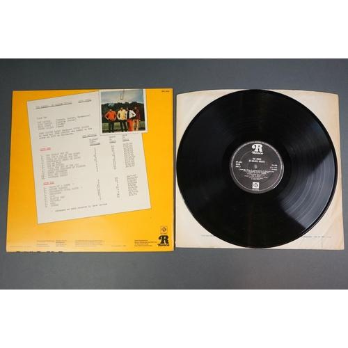 1241 - Vinyl - Five Kinks LPs to include Something Else NSPL18193, Village Green Preservation Society NSPL1...