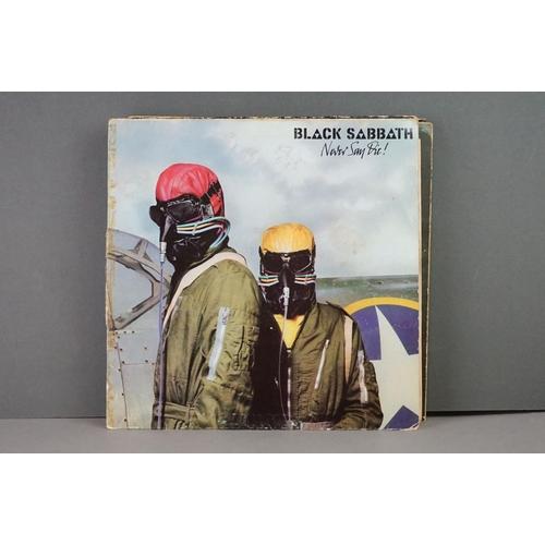 383 - Vinyl - Twelve Black Sabbath vinyl LP's to include Technical Ecstasy (Vertigo Records PRICE 40), Liv...
