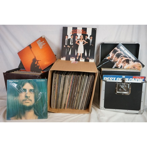 194 - Vinyl - Approx 130 vinyl LP's and 12