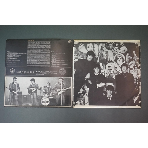 299 - Vinyl - The Beatles For Sale PMC1240, sold in UK, Parlophone Cp Ltd, 33 and a third to label, matric...