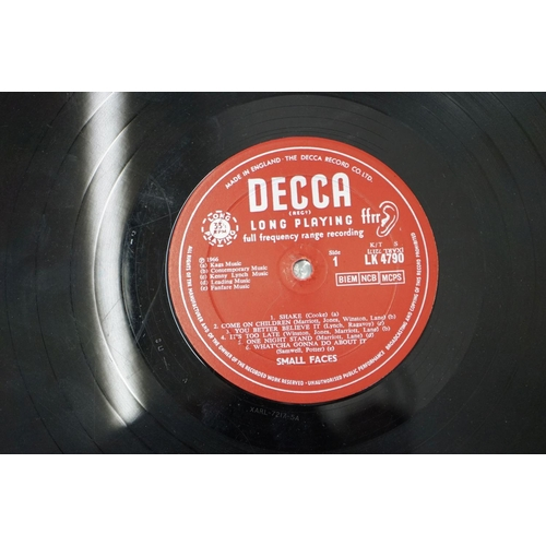 300 - Vinyl - Small Faces self titled on Decca LK4790 red unboxed Decca mono label, sleeve and vinyl vg