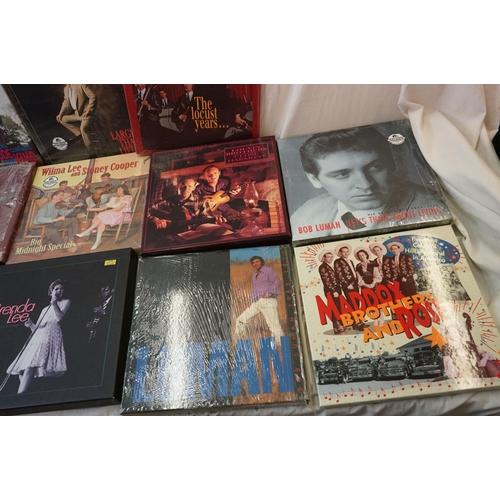 274 - Vinyl & CD Box Sets - Over 180 LPs and 14 x Box Sets featuring Brenda Lee, Hank Locklin etc, vg+ (th...