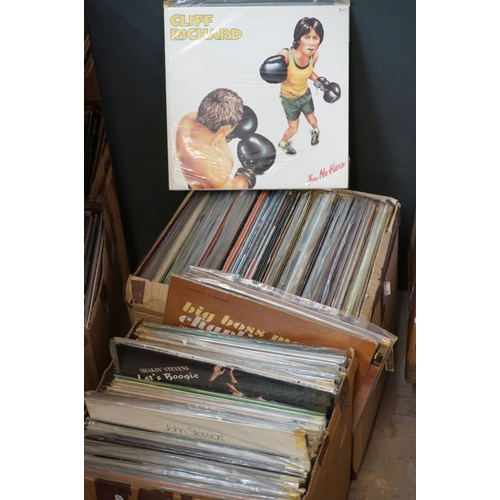 276 - Vinyl - Around 200 LPs to include Country, MOD, Easy Listening etc, sleeves and vinyl vg+