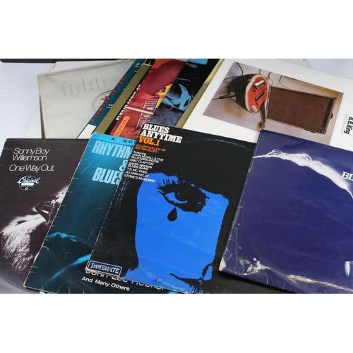 450 - Vinyl - Blues collection of 17 LP's to include Sonny Boy Williamson, B.B King, T Bone Walker, John L...