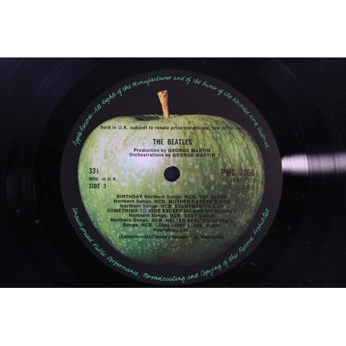 49 - Vinyl - The Beatles two copies of The White Album (PMC 7067/8) first one numbered 0161086 top opener...