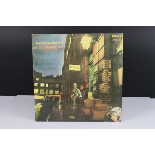8 - Vinyl - David Bowie The Rise and Fall of Ziggy Stardust LP on RCA8287, shiny orange RCA label, Titan...