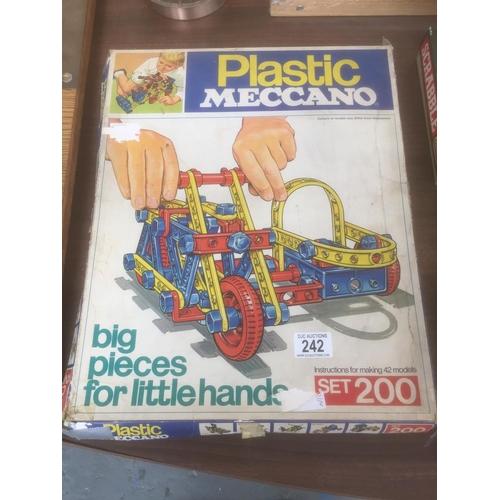 242 - Vintage Plastic Meccano Set...