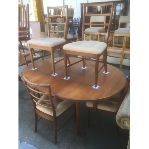 376 - Teak Extendable Table & 6 Chairs...