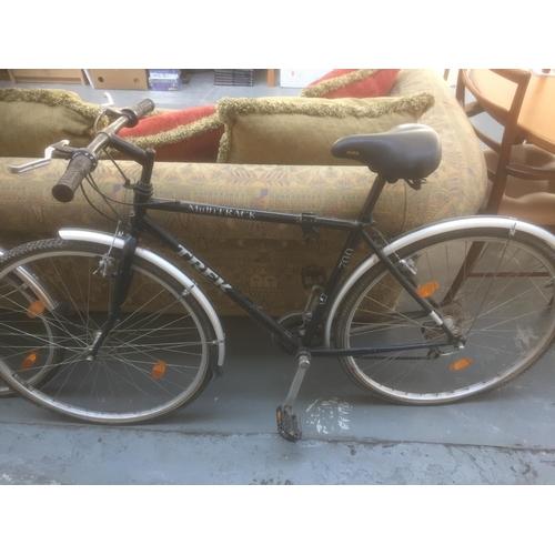378 - Trek 700 Multitrak Bike...