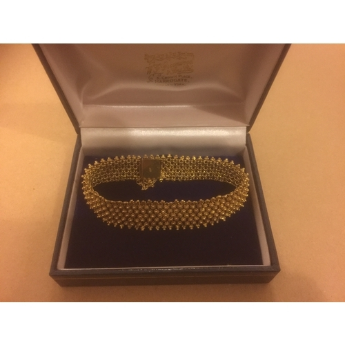 709 - 18CT Gold Intricate Design Bracelet - 26.6 Grams...