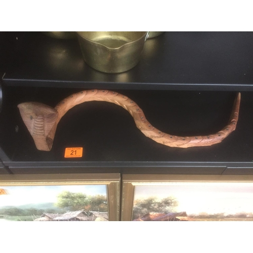 21 - Treen Cobra...
