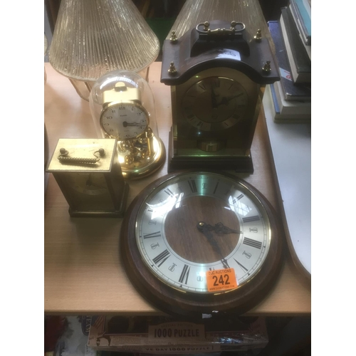 242 - Quantity of Clocks...