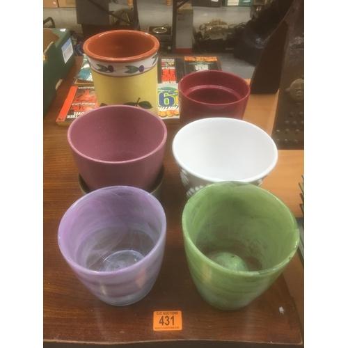 431 - Quantity of Flower Pots...