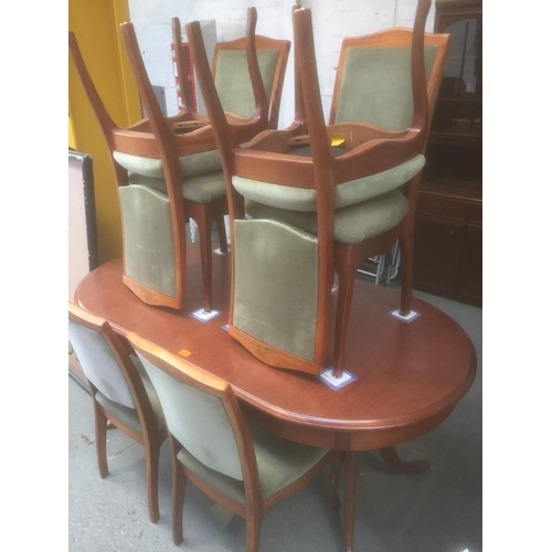 531 - Fenwick Table & 6 Chairs...