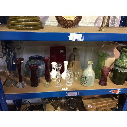 143 - Quantity of Vases...