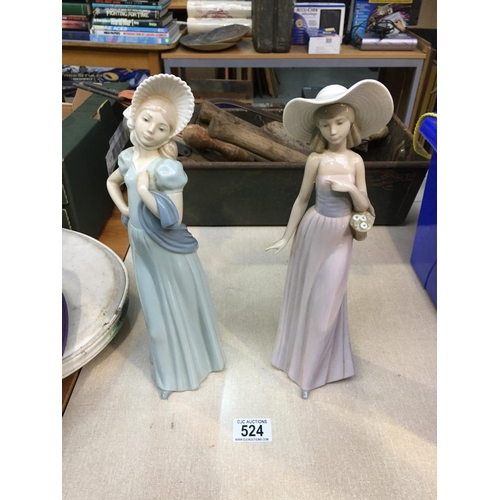 524 - 2 x Discontinued LLadro Nao Figures (head is loose on figure on the right)...