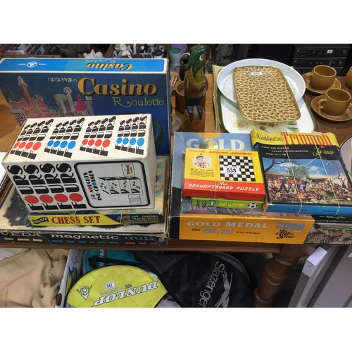 538 - Quantity of Vintage Games, etc...