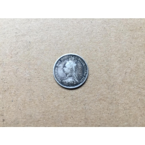 816 - Victorian Threepence 1889...
